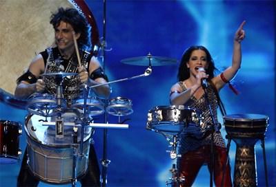 """Елица и Стунджи изпълняват в Хелзинки песента """"Вода"""" през 2007 г. СНИМКА: РОЙТЕРС"""