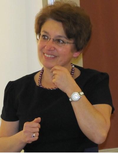 Доц. д-р Нарцис Калева-Ходжева