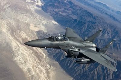 Свръхзвукови стратегически бомбардировачи Б-1Б от Военновъздушните сили на САЩ са прелетели над Корейския полуостров. Снимка: Pixabay