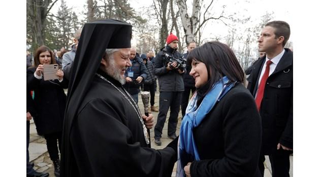 Караянчева: На Шипка свободата се чувства по друг начин (Обновена)