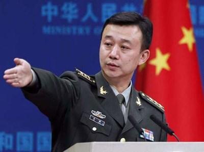 Говорителят на китайското министерство на отбраната У Циен Снимка: bulgarian.cri.cn.
