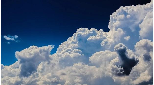 Утре ще бъде облачно, от вторник - слънчево