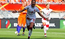 Надя Надим бяга от талибаните, за да стане футболна легенда в Дания