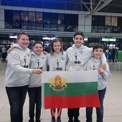"""И петте деца, изпратени на олимпиадата в Тайланд от фондация """"Димитър Бербатов"""", се завърнаха със златни медали."""