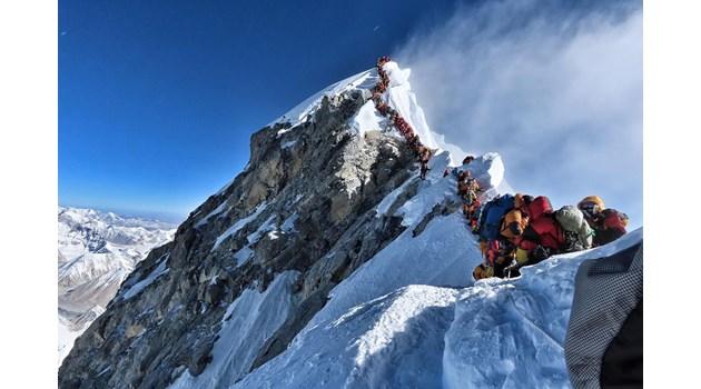 Смъртоносният бизнес Еверест. Слава, триумф, себедоказване или игра със смъртта?