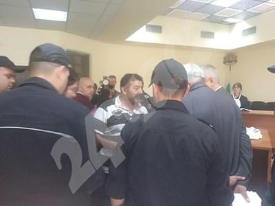 Димитракис Пирилис в съда Снимки: Анелия Перчева