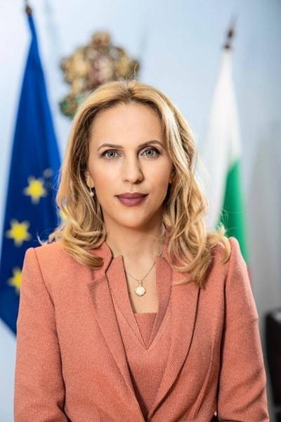 Министърът на туризма Марияна Николова