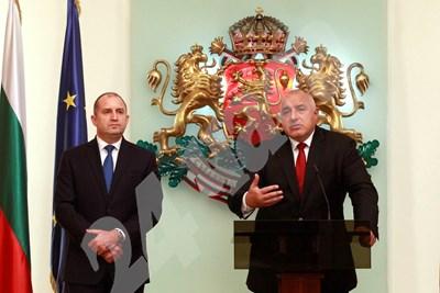 Борисов и Радев си размениха остри реплики за харчовете на правителството по време на коронакризата. СНИМКА: 24 часа