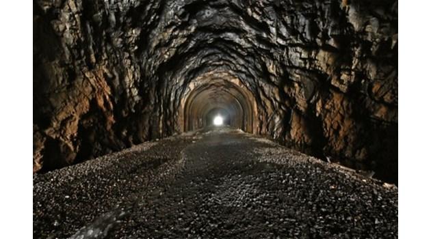 Пазят в тайна подземен тунел на траките, свързващ Сакар, Родопите и Дунав