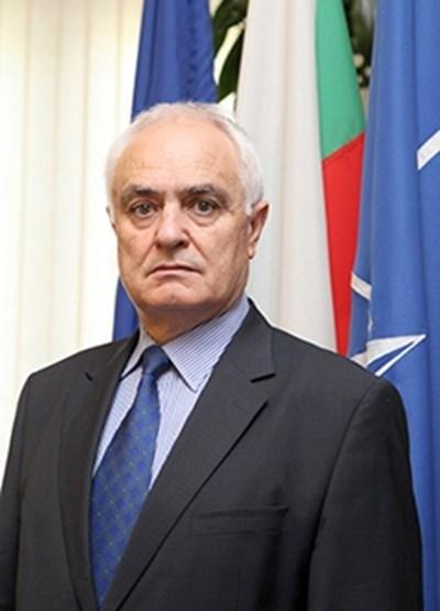 Зам.-министърът на отбраната Атанас Запрянов.  Снимка Архив