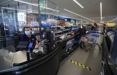 От агенцията по храните са убедени, че продаваните у нас и в ЕС храни са безопасни и има разлика само във вкусовите им качества.