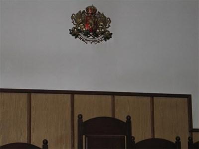 Перничанин е първия осъден ефективно за спортно хулиганство. СНИМКА: Светлана Стоименова