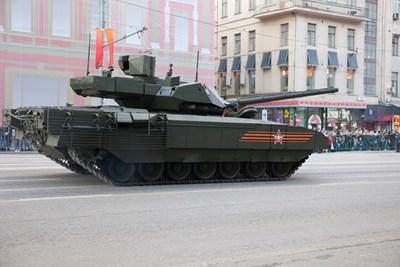 """""""Т-14 Армата"""" този път не закъса пред очите на Путин"""