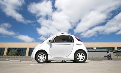 Google пуска колата без шофьор на пътя