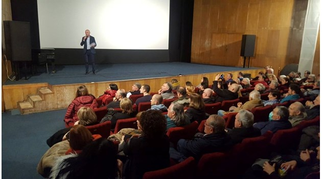 """""""168 часа"""" в нов филм за Никола Гешев"""