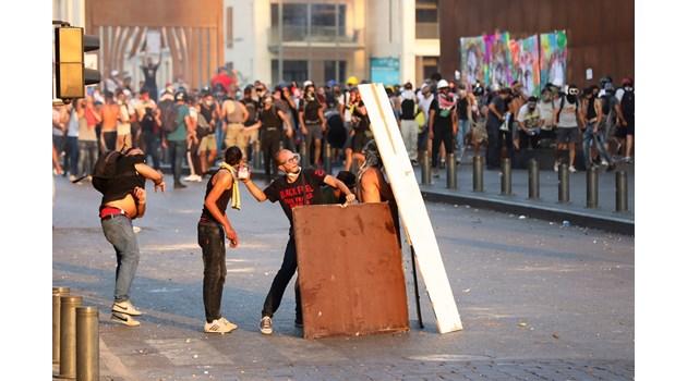 """Всеки ден е 4 август"""": Ливан отбелязва 1 година от взрива в Бейрут"""