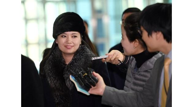Любовницата на Ким Чен Ун - първата дама, завладяла сърцето му. 4 г. смятат Хьон Сон Уол за екзекутирана