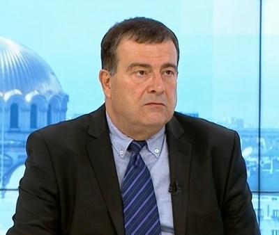 Д-р Димитър Петров КАДЪР: БНТ