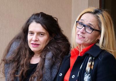 Подсъдимите Десислава Иванчева и Биляна Петрова влязоха да чуят наказанията си усмихнати, тъй като очакваха да бъдат оправдани. СНИМКА: Йордан Симeонов