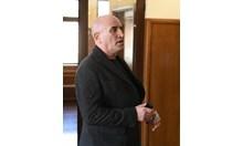 Пак хванаха скандалния Ценко Чоков да краде ток в Галиче