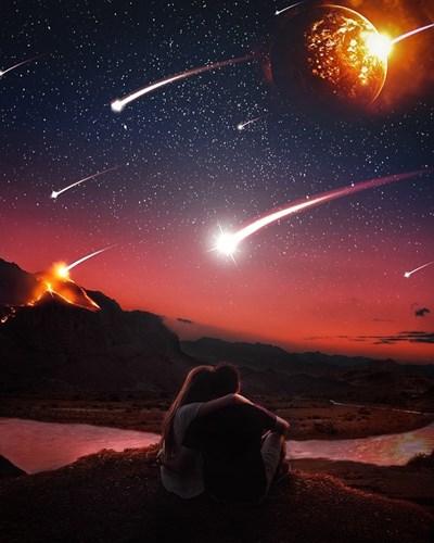 Пикът на метеорния поток Аквариди за тази година ще е видим от София утре. Снимката е илюстративна от Пиксабей.