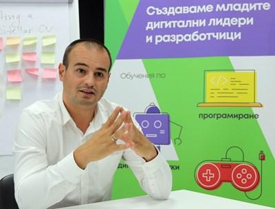 Петър Шарков