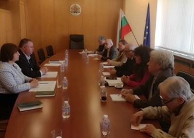 Управителят на НОИ Ивайло Иванов представи пред Националния комитет по проблемите на възрастните хора експертен анализ за финансовите ефекти от предложенията за промени в пенсиите.