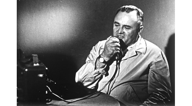 Пострадалият от Хитлер Фон Браун спасява Корольов от лагерите на смъртта на Сталин