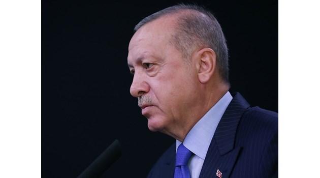 """Ердоган към ЕС: Пускам членовете на """"Ислямска държава"""" и край на преговорите"""