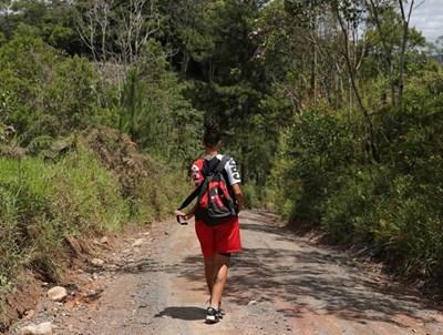 За да подмогнете изграждането на сила и издръжливост, в почивните дни избирайте хълмист маршрут. СНИМКА: РОЙТЕРС