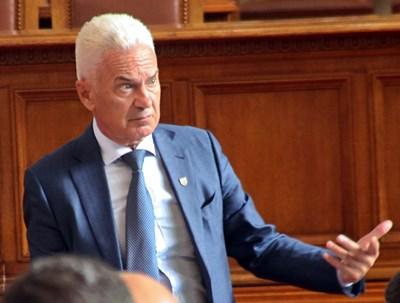 Сидеров иска свикването на голям коалиционен съвет заедно с ГЕРБ.