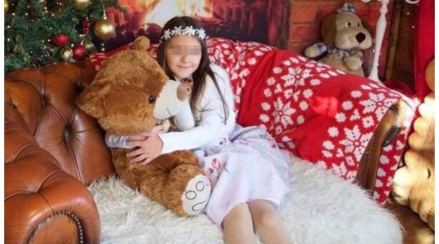 Майката на загиналата Вивиан: Губих я 3 пъти, дано никоя друга майка да не преживее това. 7-годишното момиче било ударено от друго дете на пързалката