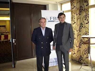 Алфонсо Либано, вицепрезидент на Европейската асоциация на фамилния бизнес (вляво) и Христо Илиев, президент на Сдружението на семейния бизнес в България (вдясно)  СНИМКА: АВТОРЪТ