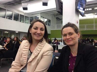 Живка Петкова - вляво Снимка: Туитър