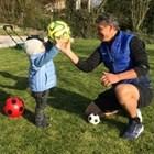 Малкият Диего Армандо вече свиква с топката, след като негов персонален треньор е дядо му Красимир Балъков.