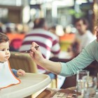 Какво трябва да знаете, ако отивате на ресторант с бебе