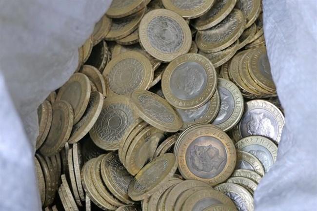 ff8a44e23af Разбиха пловдивска банда, произвела 34 000 фалшиви монети от 2 ...