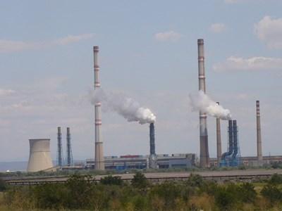 """Работата на ТЕЦ """"Марица - изток 2"""" свали цената на електроенергията.  СНИМКА: """"24 ЧАСА"""""""