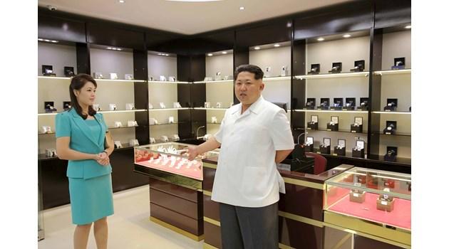 Жената на севернокорейския диктатор Ким Чен Ун