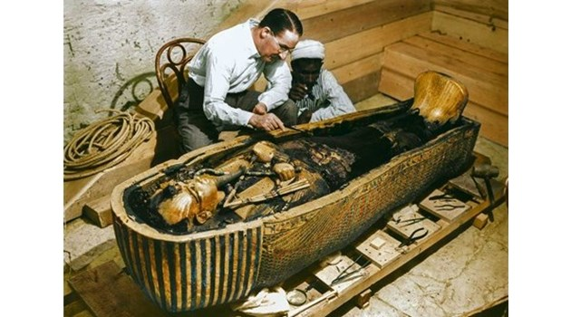 Египтоложка откри непозната кралица, властвала преди Тутанкамон. Вероятно това е била втора сестра