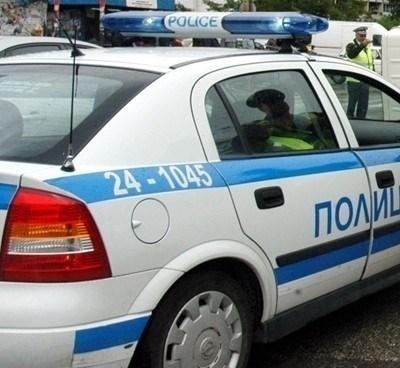 Служители на ОД на МВР – Варна са извършили проверка на лица, поставени под домашна карантина. Снимка Архив