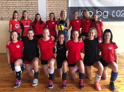 """""""Локомотив"""" (Сф) възражда женския волейбол"""