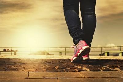 Скоростта на ходене може да е свързана с риска от развиване на тежки усложнения от COVID-19 СНИМКА: Пиксабей
