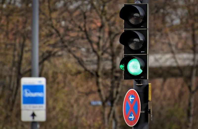 Чакането на светофар има лимит за търпението ни от 25 секунди. СНИМКА: ПИКСАБЕЙ