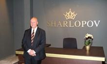 Милионерът Шарлопов тръгнал от 0. Давал на децата си по 5 лева на ден, за да не парадират