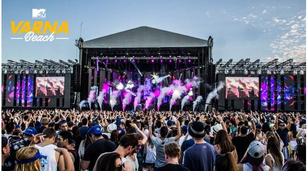 Рита Ора на най-голямата музикална сцена във Варна