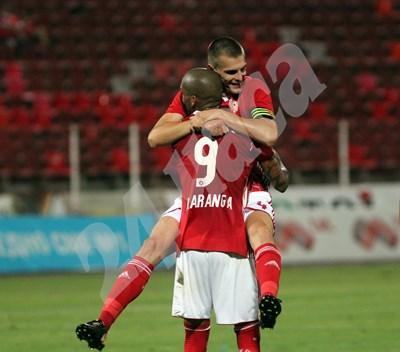 Фернандо Каранга и Божидар Чорбаджийски Снимка: Леман Сали СНИМКА: 24 часа