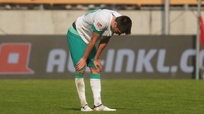 """Илия Груев е изстискан след края на мача в Дрезден. Снимка: сайт на """"Вердер"""""""