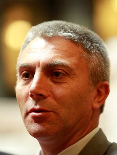 Лидерът на ДПС Мустафа Карадайъ ще поведе две листи.