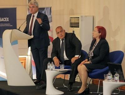 На форум, организиран от ССИГ, премиерът Бойко Борисов обеща държавата и бизнесът да са съюзници срещу кибератаките. СНИМКА: Снимки: Румяна Тонева